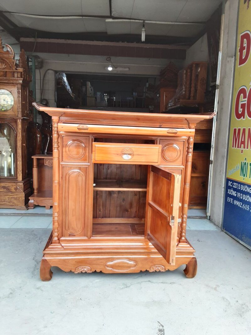 Tủ thờ gỗ tràm mẫu đơn giản 1m27